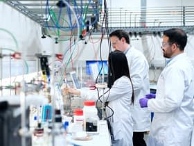 How Is Technology Used in Laboratories?